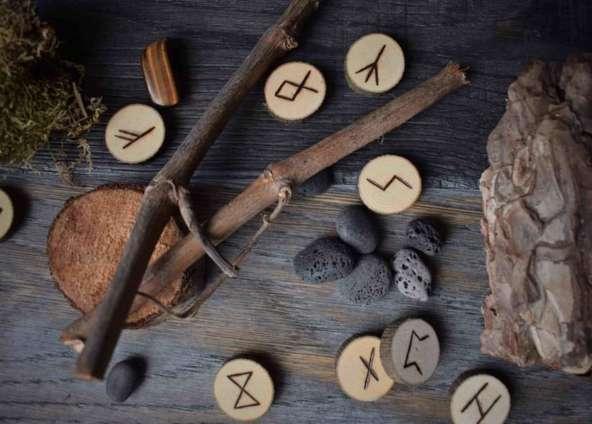 formation : le murmure des runes